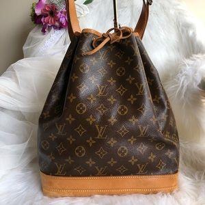 🌟Authentic Louis Vuitton Neo Gm🌟